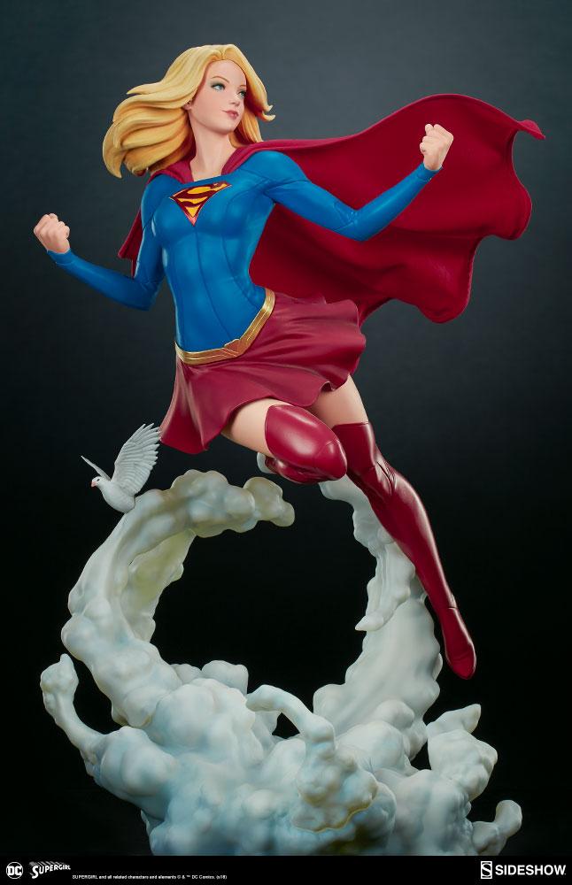 Link a dc-comics-supergirl-premium-format-figure-sideshow-300670-12