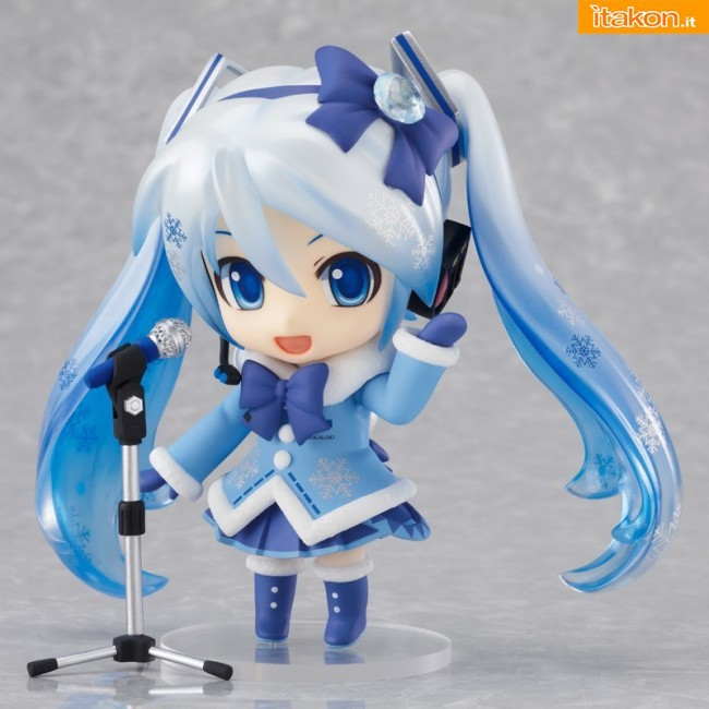 Snow MIku Fluffy Coat ver.