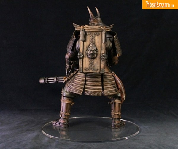 Gentle Giant: Sucker Punch Colossal Samurai with Minigun Statue in preordine