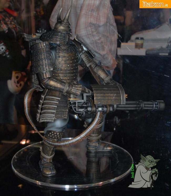Gentle Giant: Sucker Punch Colossal Samurai with Minigun Statue in preordine
