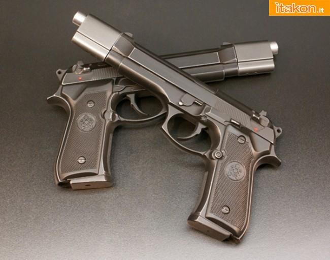 Hollywood Collectibles Group: Underworld: Selene's Death Dealer Pistols