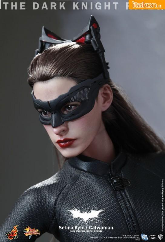 Hot Toys: The Dark Knight Rises: Catwoman/Selina Kyle 1/6 - Immagini Ufficiali