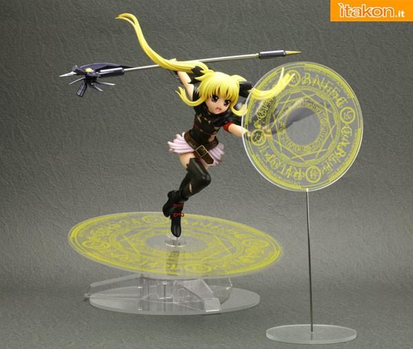 Link a Fate Testarossa Senshin Zenrei – Magical Girl Lyrical Nanoha – Kotobukiya pre 02