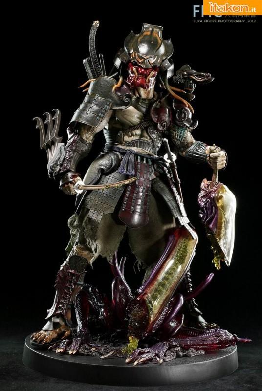 Hot Toys: Alien vs. Predator: Samurai Predator 1/6 - Galleria Fotografica