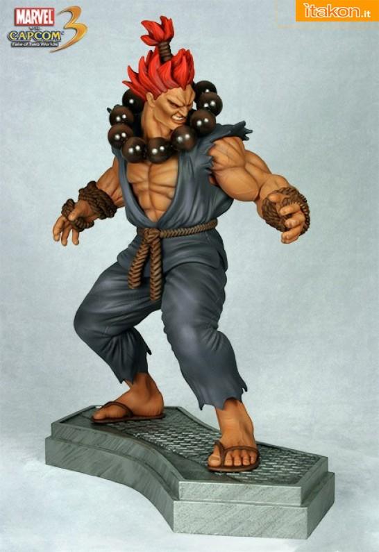 Hollywood Collectibles: Marvel vs Capcom 3: Dr. Doom vs Akuma 1/4 statue