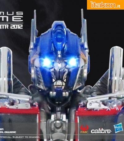 Calibre: Foto Ufficiali e nuove info sulle statue di Optimus Prime e BumbleBee
