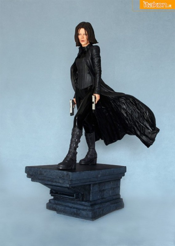 Underworl: Selene 1/4 statue da Hollywood Colletibles - In Preordine