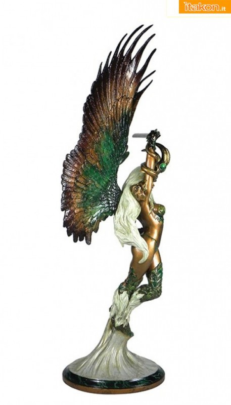 Angelus Faux Bronze Statue da The CS Moore Studio - In Preordine