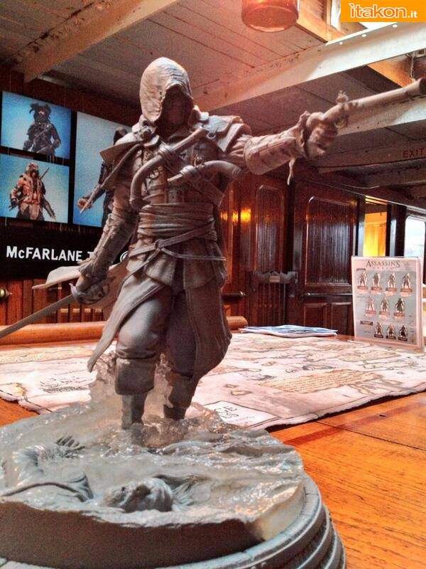 Assassin's Creed IV - Edward Kenway in resina mostrato da McFarlane Toys