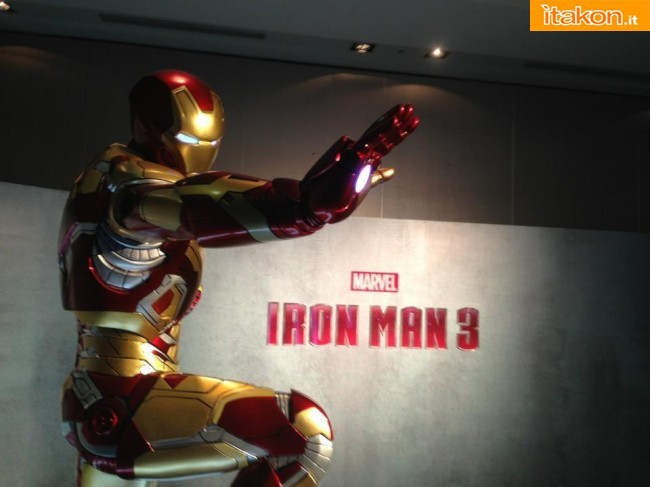 Hot Toys Annual Exhibition 2013 foto live