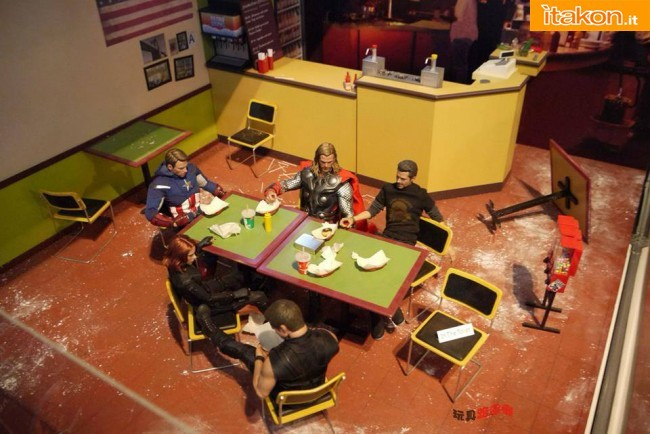 hot toys diorama avengers