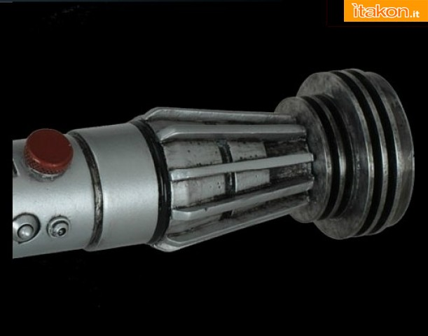 Link a Darth Maul Lightsaber Legend di eFX Collectibles (4)