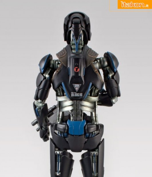 Link a Total Recall Life-Size Synth statue 11 di Hollywood Collectibles (10)