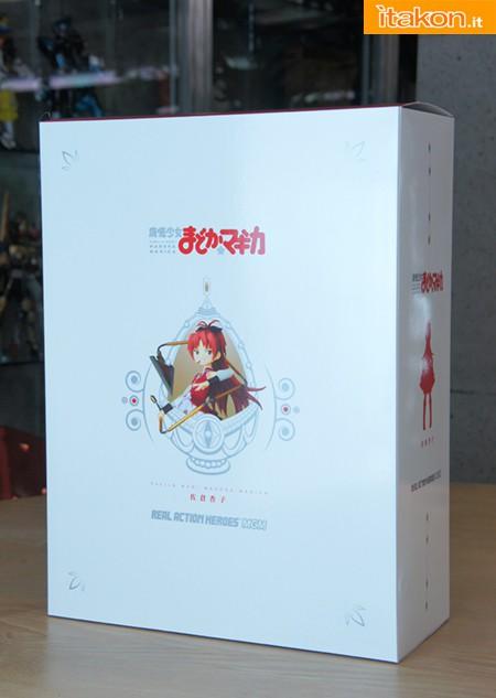 Link a kyoko sakura – puella magi madoka magica – rah – medicom toy – foto ufficiali 1