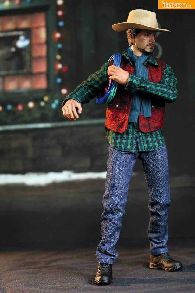 Hot Toys: Rose Hill Tony Stark (MiLK special edition) 06