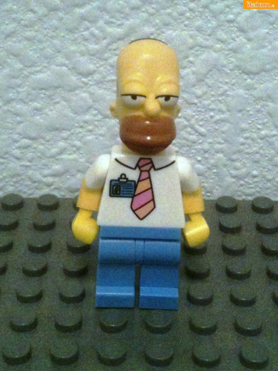 Link a LEGO-Homer-Simpson-1