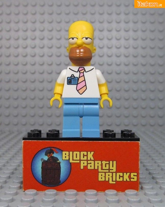 Link a LEGO-Homer-Simpson-7