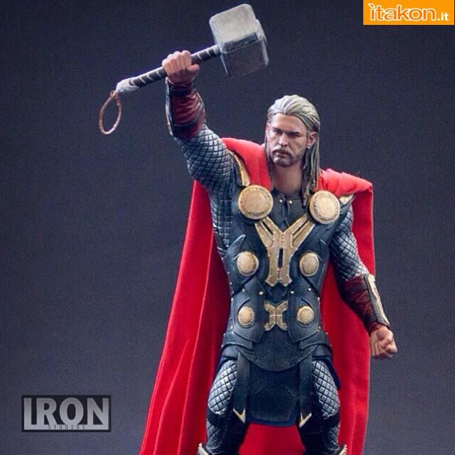 Thor 1/10 statue di Iron Studios