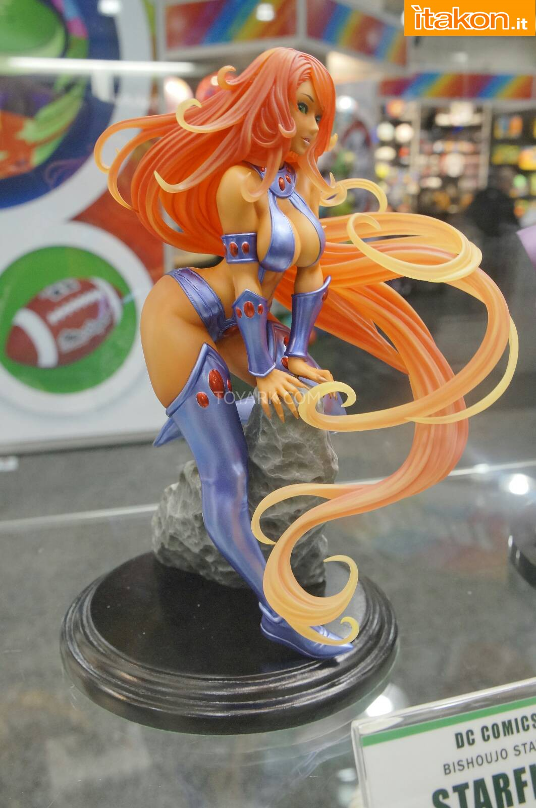 Link a Toy-Fair-2014-Kotobukiya-DC-Comics-026