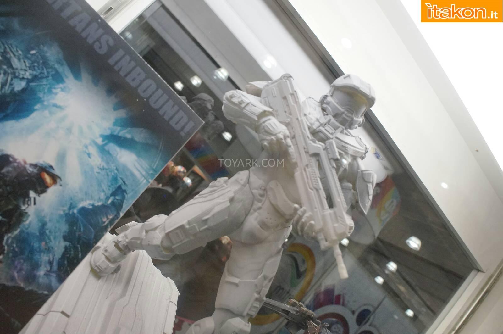 Link a Toy-Fair-2014-Kotobukiya-Halo-Statue-004