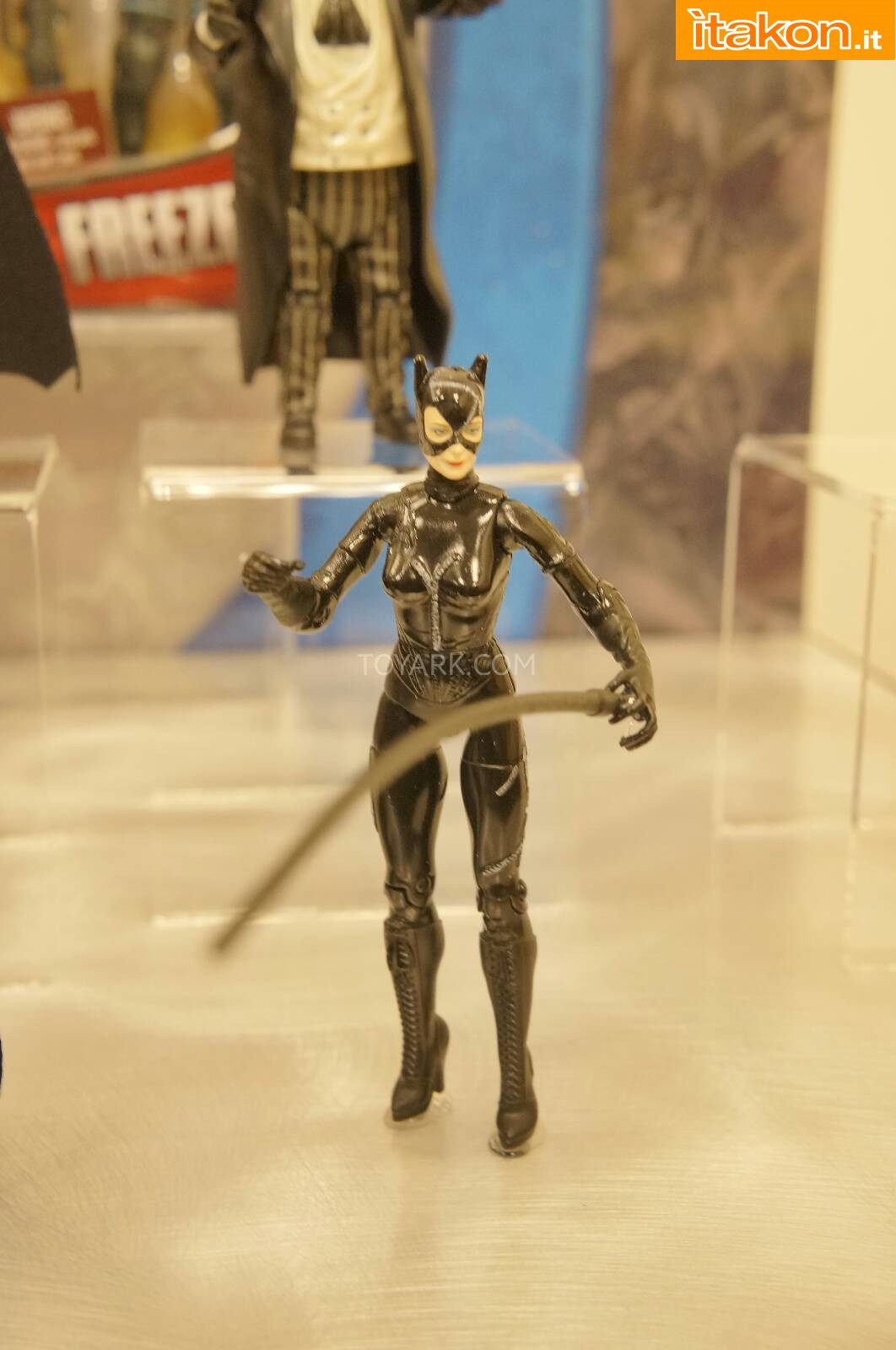 Link a Toy-Fair-2014-Mattel-DC-Comics-007