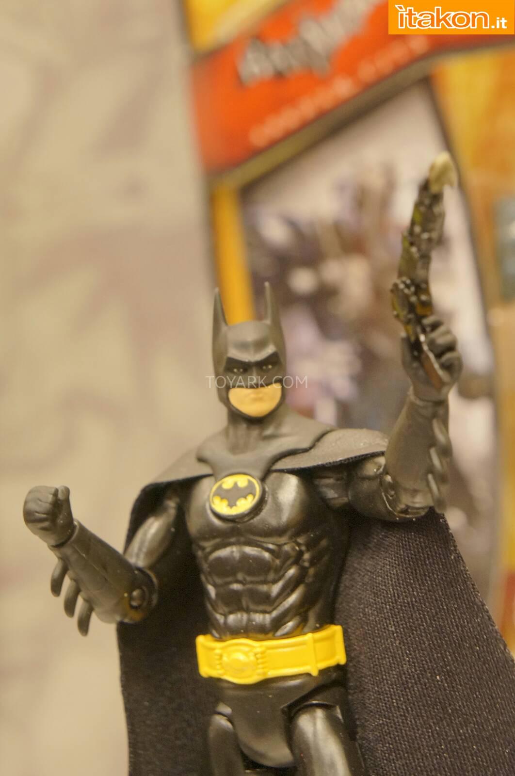 Link a Toy-Fair-2014-Mattel-DC-Comics-017