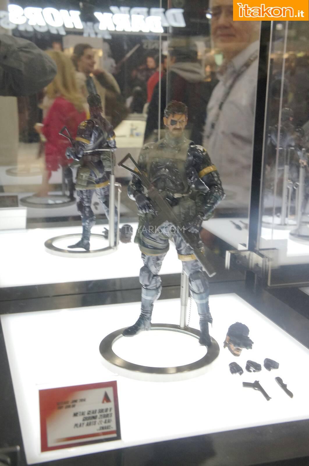 Link a Toy-Fair-2014-Square-Enix-Metal-Gear-Snake-Play-Arts-Kai-001