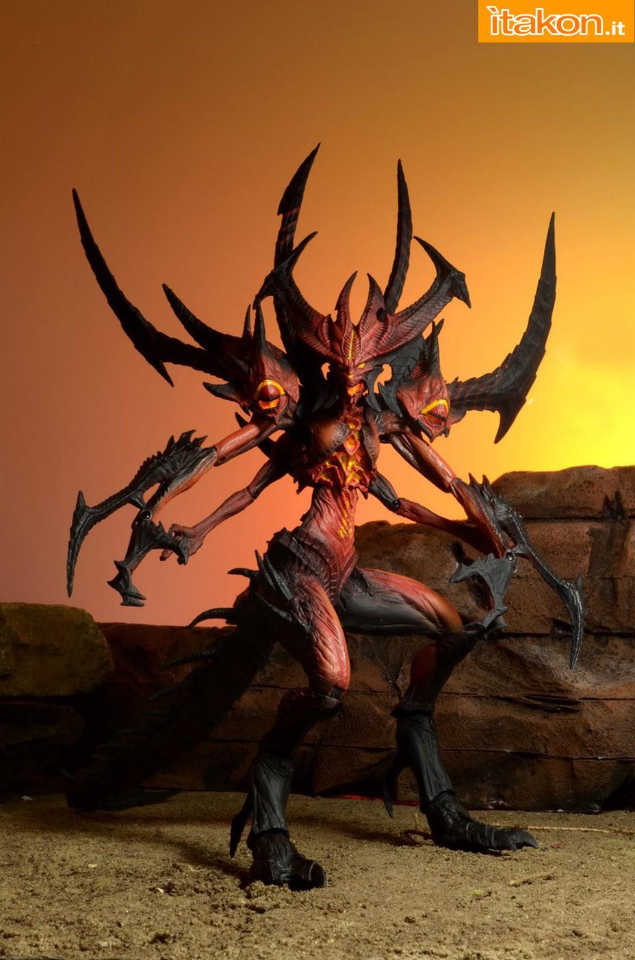 Link a Diablo-III-Diablo-Deluxe-Figure-001