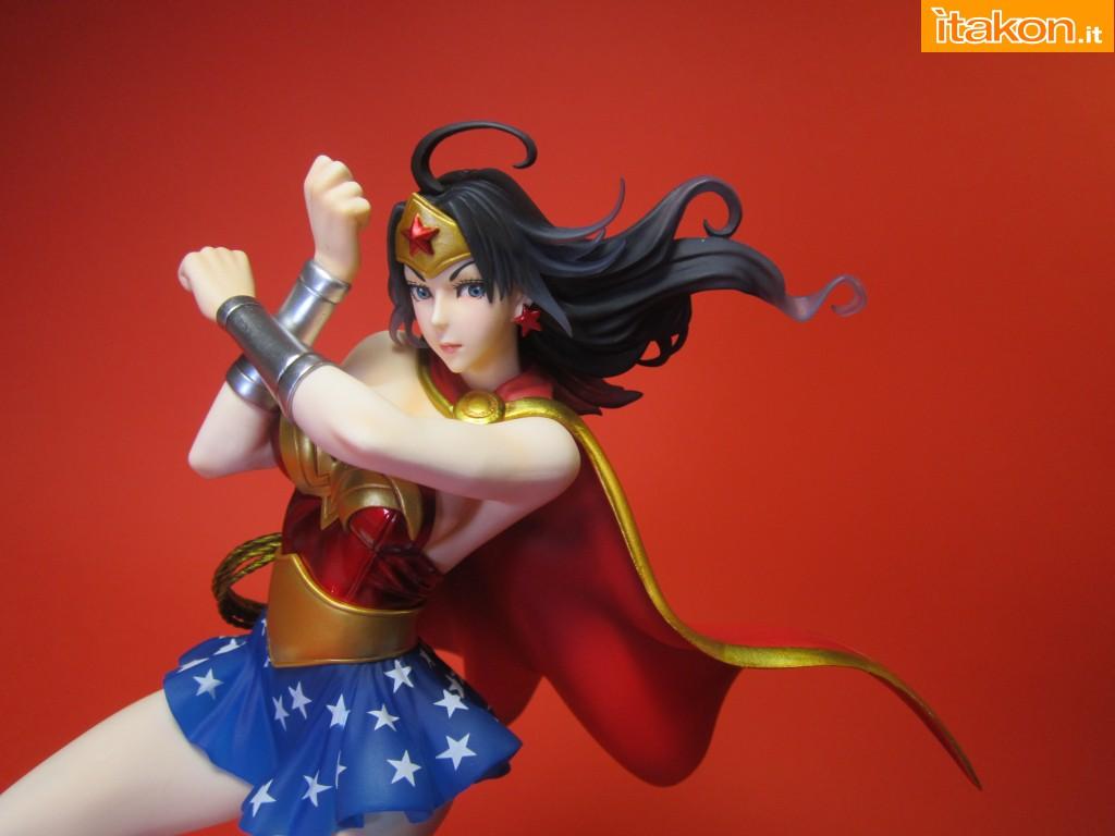 Link a Wonder Woman DC Bishoujo Recensione Itakon.it 09