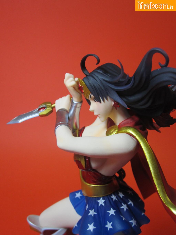 Link a Wonder Woman DC Bishoujo Recensione Itakon.it 39
