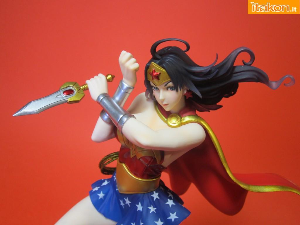 Link a Wonder Woman DC Bishoujo Recensione Itakon.it 41
