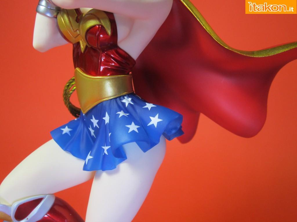 Link a Wonder Woman DC Bishoujo Recensione Itakon.it 48