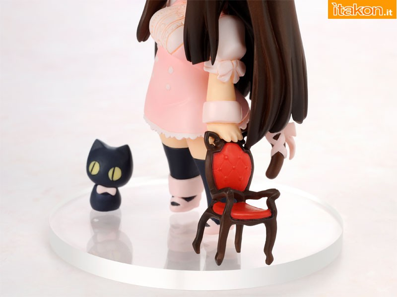Link a Chicchai Neko to Isu – Small cat and chair 3
