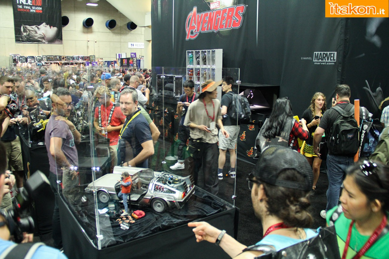 sdcc2014-hot-toys-booth-136
