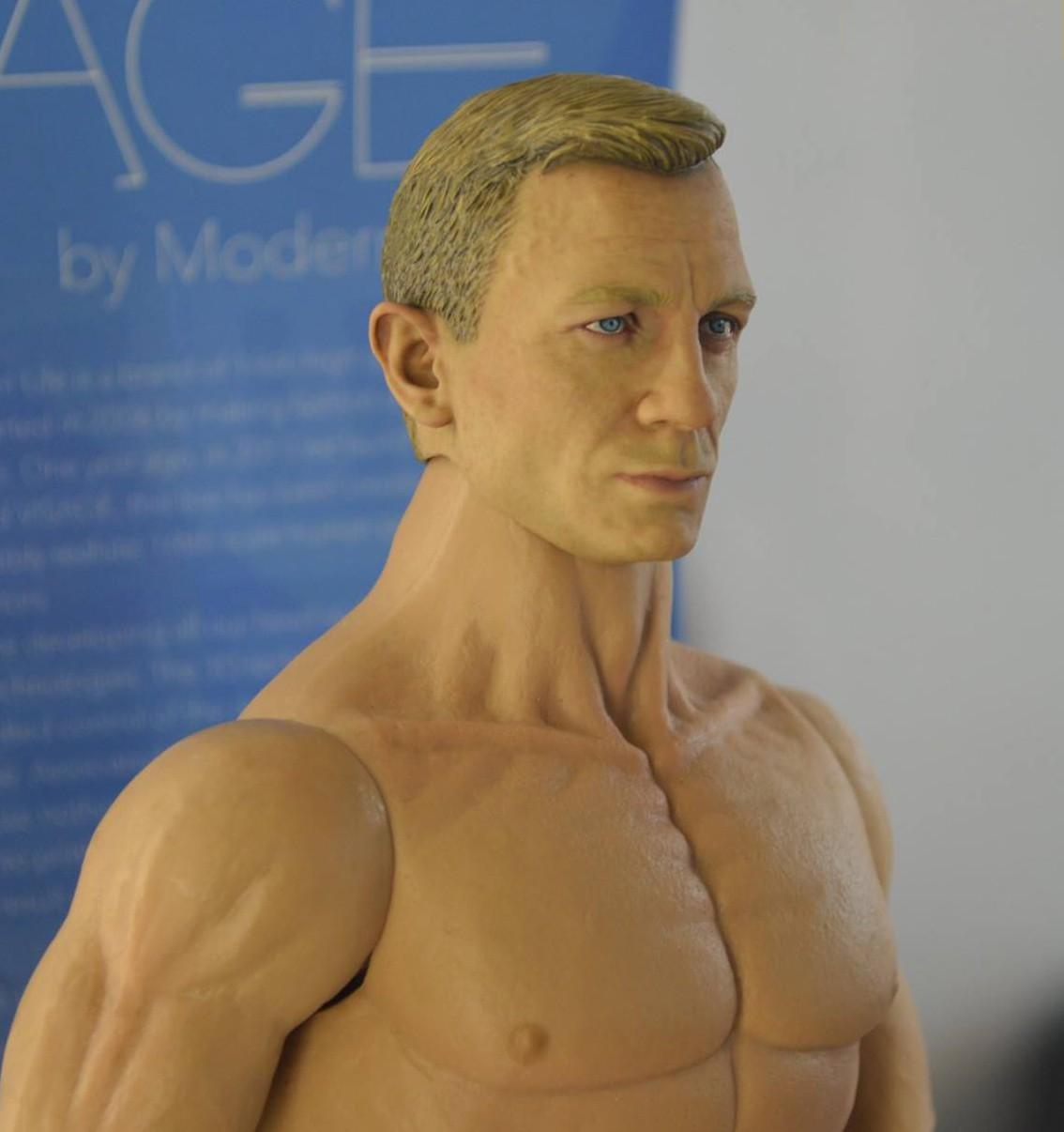 Link a modern-life-sculpt