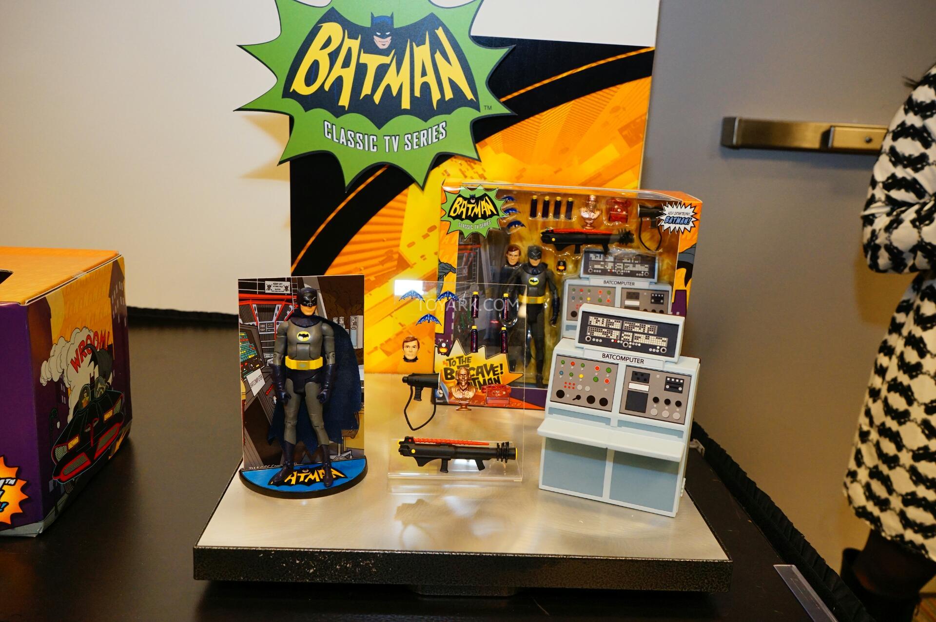 Link a Toy-Fair-2015-Mattel-Batman-Classic-TV-014