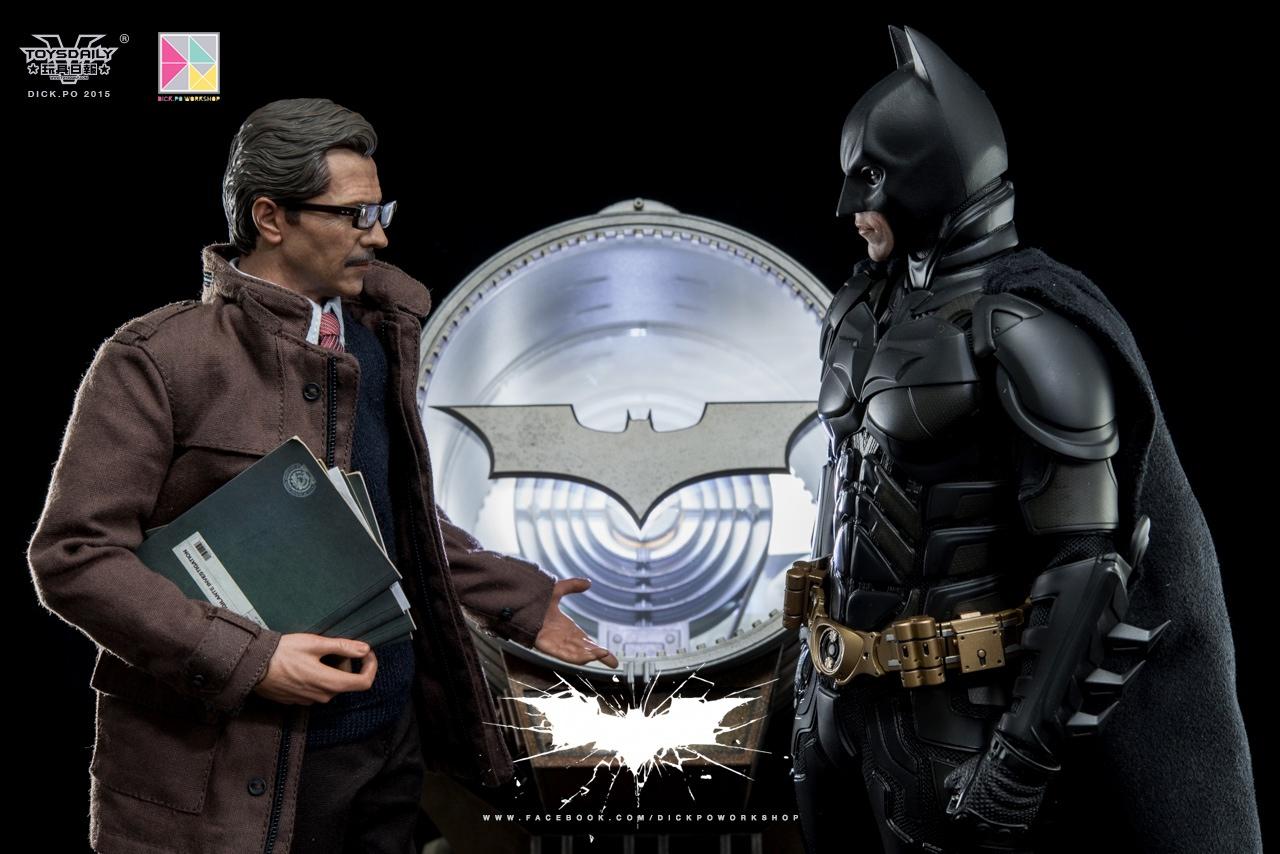 Link a MMS275 John Blake e Jim Gordon con Bat Signal (42)