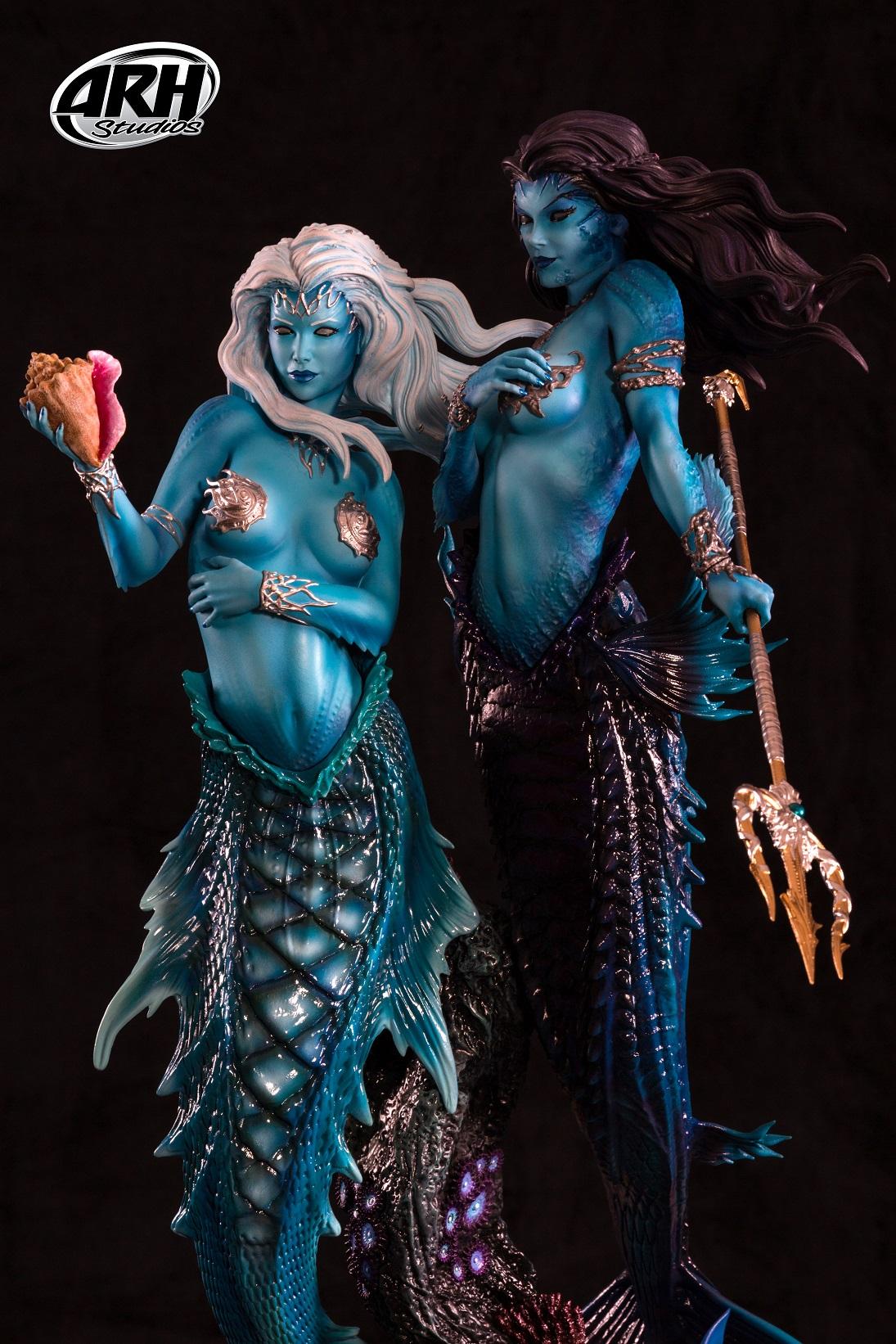 Link a Twin-Mermaids-17s