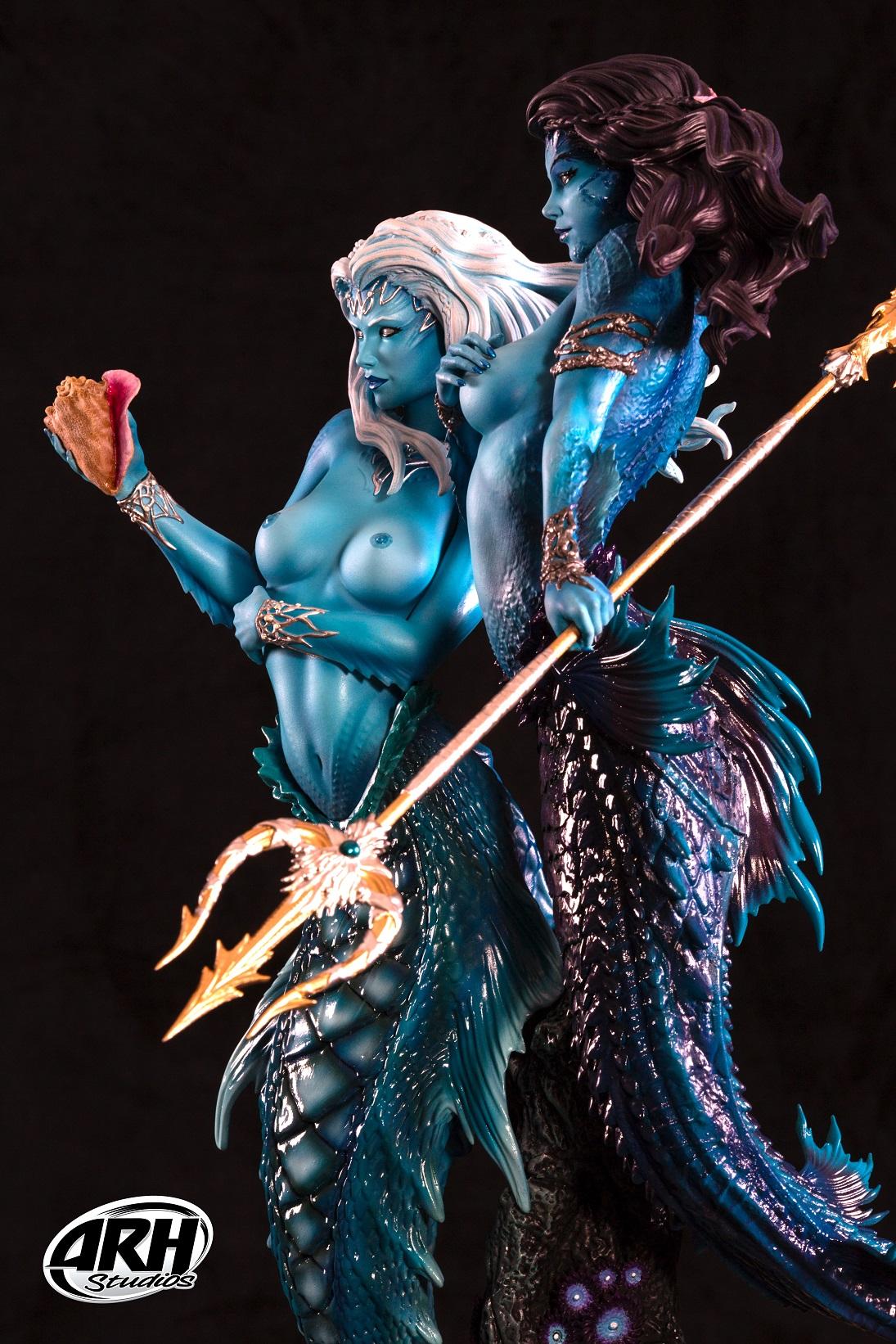 Link a Twin-Mermaids-7s