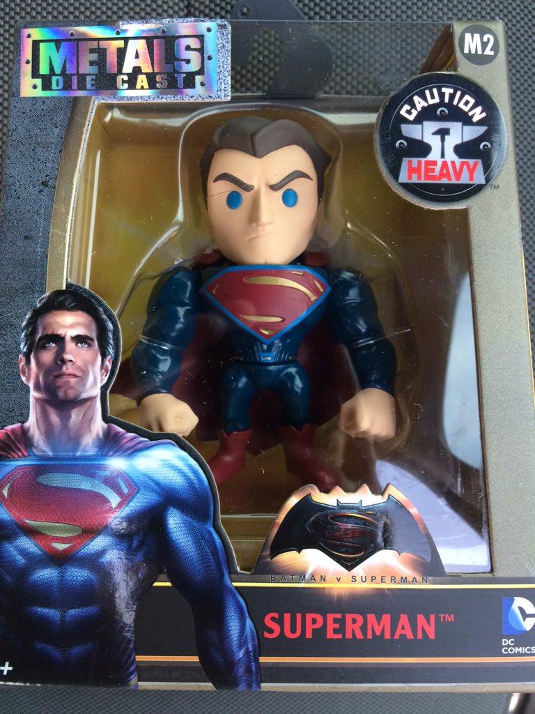 Link a BvS-Metals-Superman