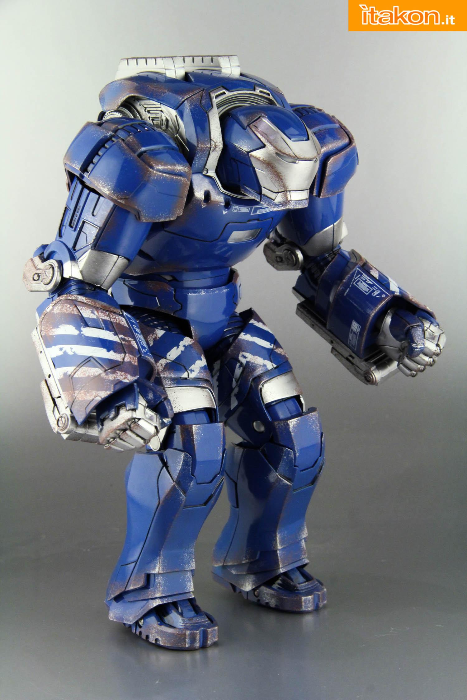 Link a comicave-igor-iron-man-figure-16