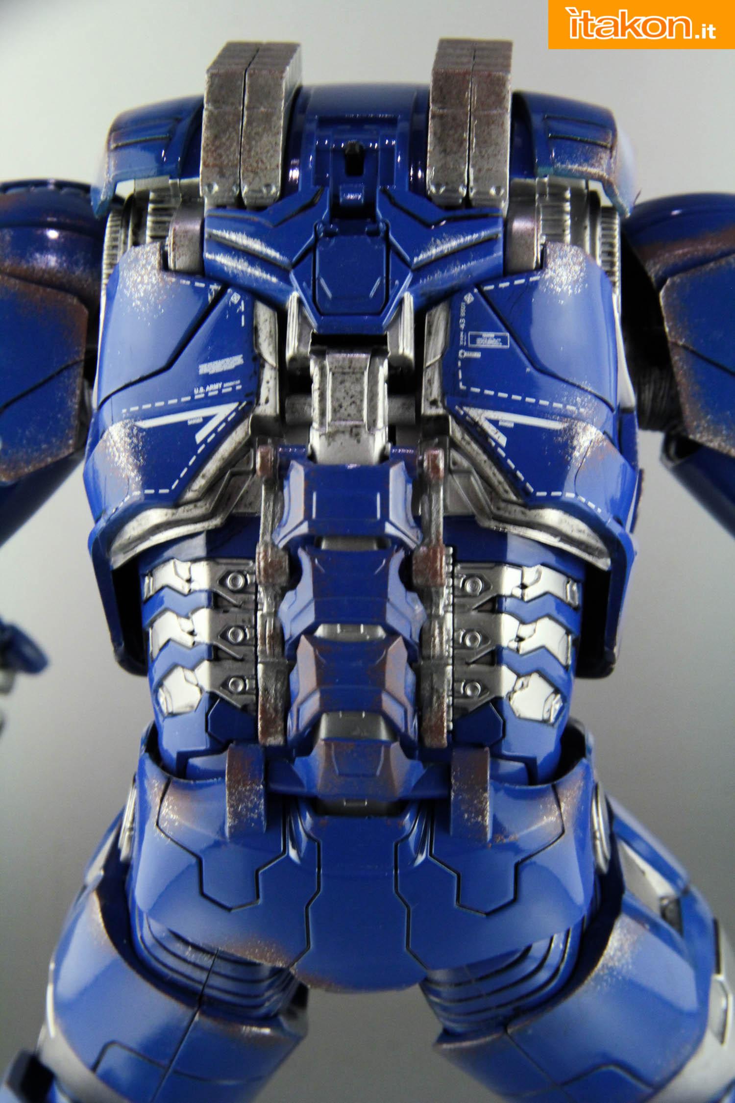 Link a comicave-igor-iron-man-figure-37