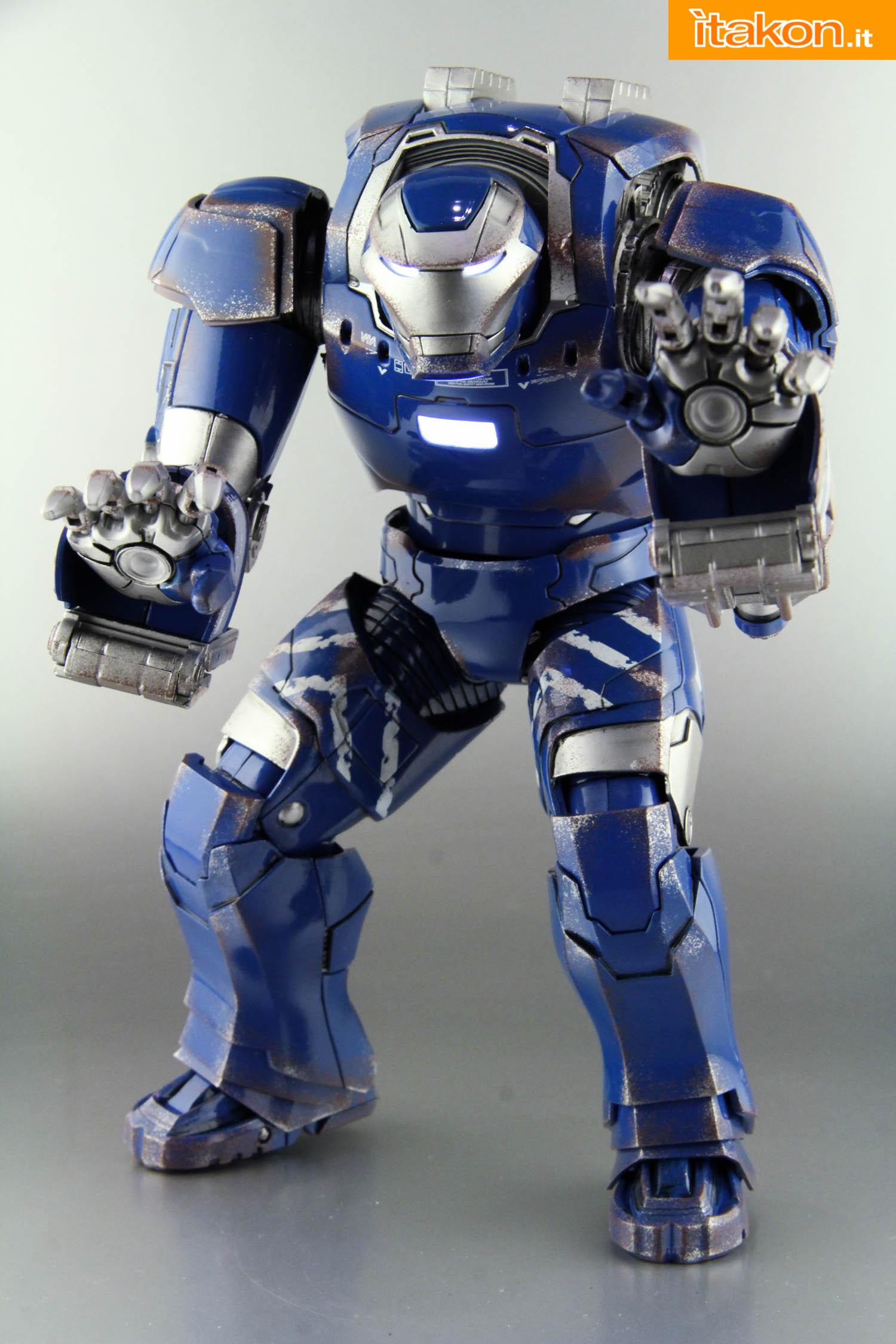 Link a comicave-igor-iron-man-figure-51