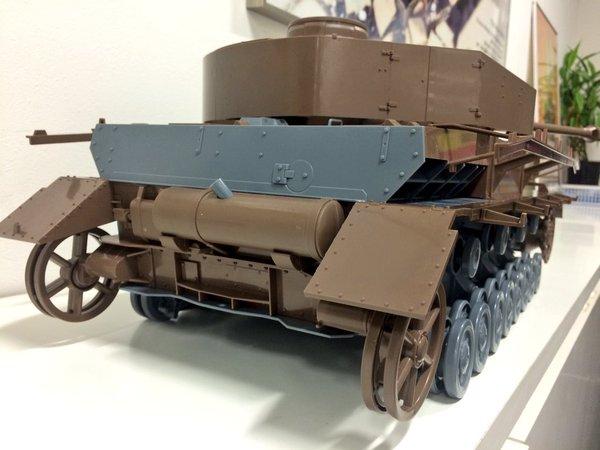 Link a figma Veichles Panzer IV Ausf H Girls und Panzer pics 05