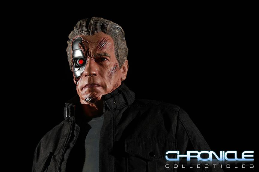 Link a Terminator-Genisys-Guardian-T-800-Statue-011