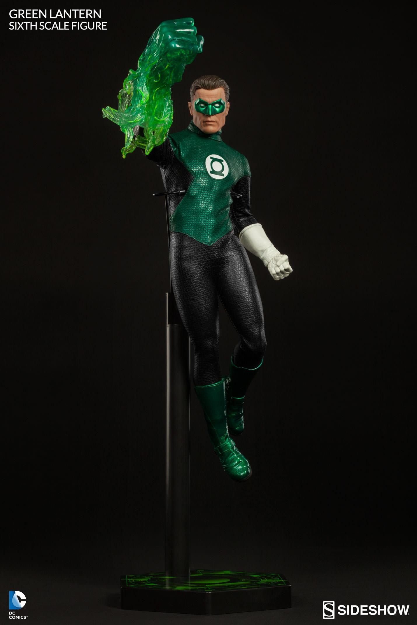 Link a Green-Lantern-Figure-Sideshow-008