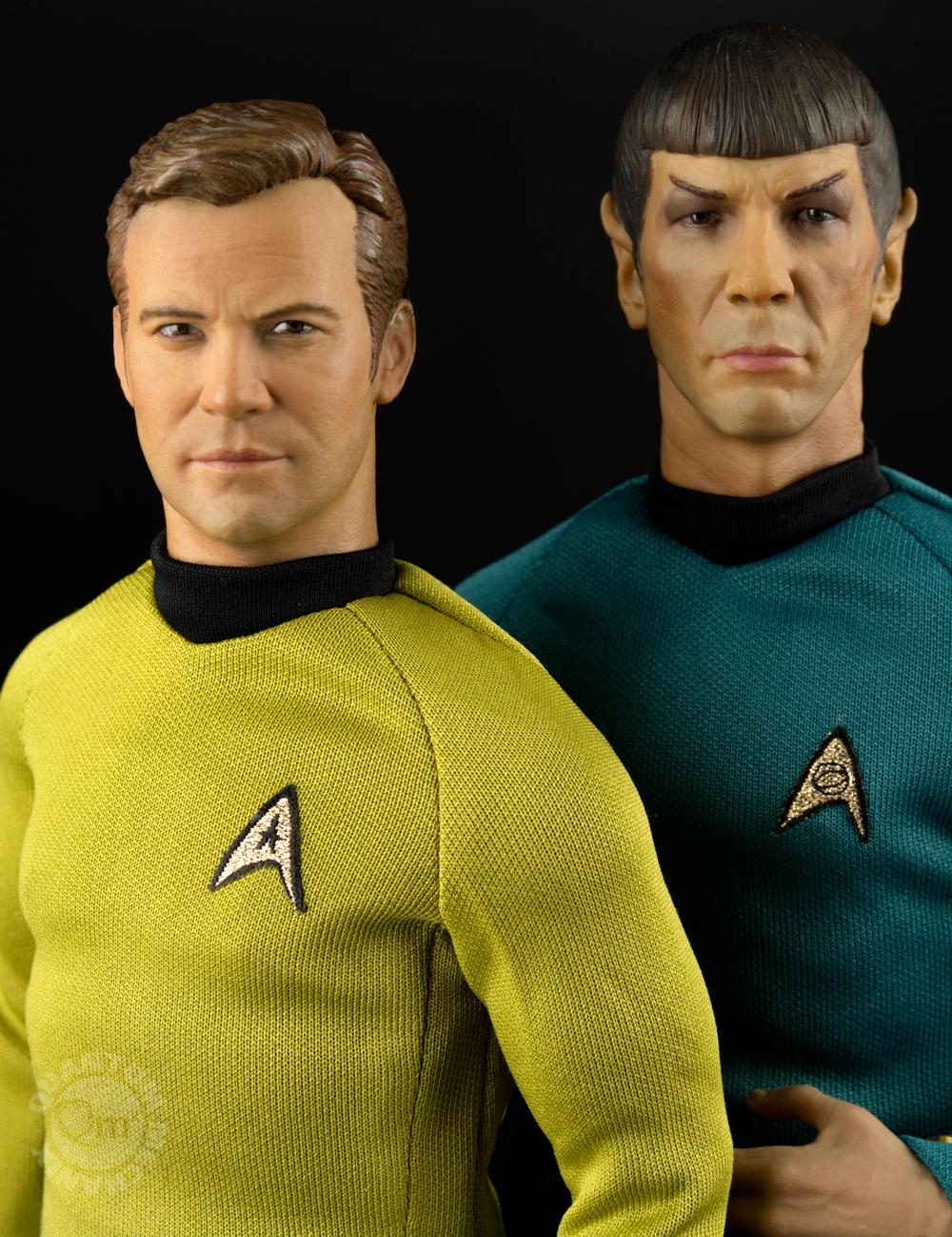 Link a QMX-Star-Trek-Captain-Kirk-and-Spock-2