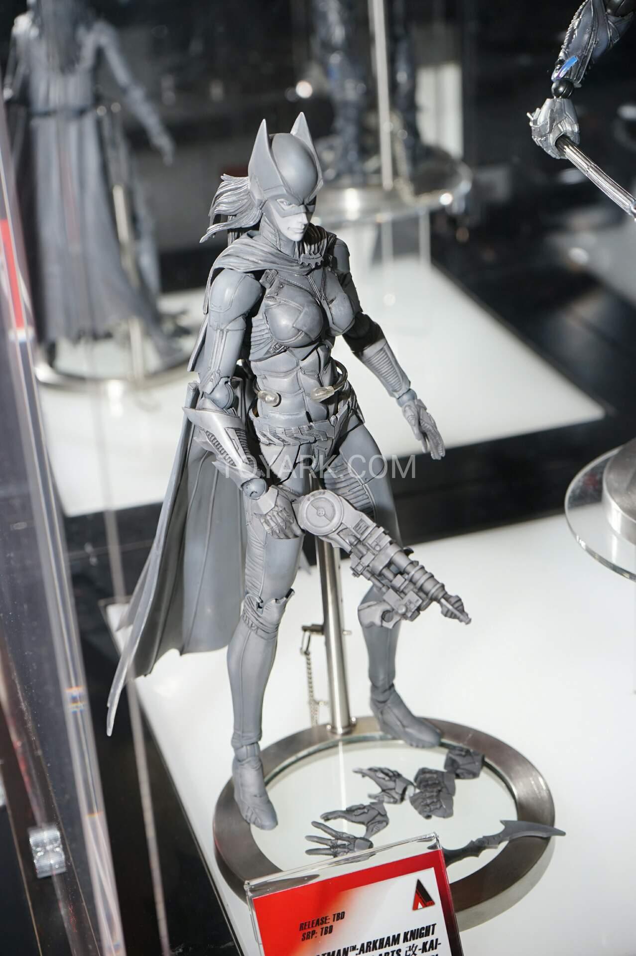 Link a TF-2016-Play-Arts-Kai-DC-027