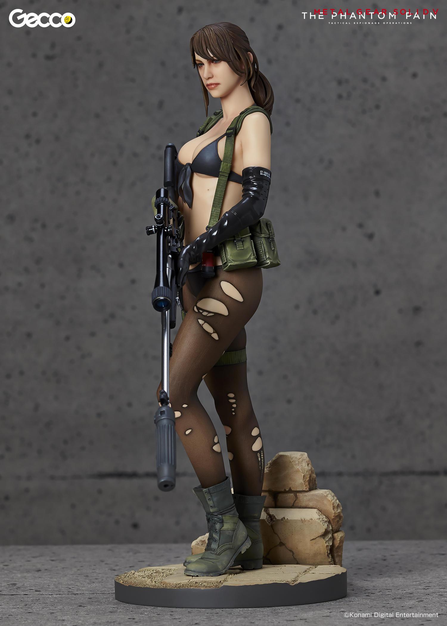 Link a Geco-MGSV-Quiet-Statue-007