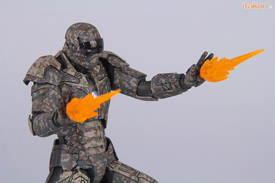 Link a comicave-studios-shades-review-81